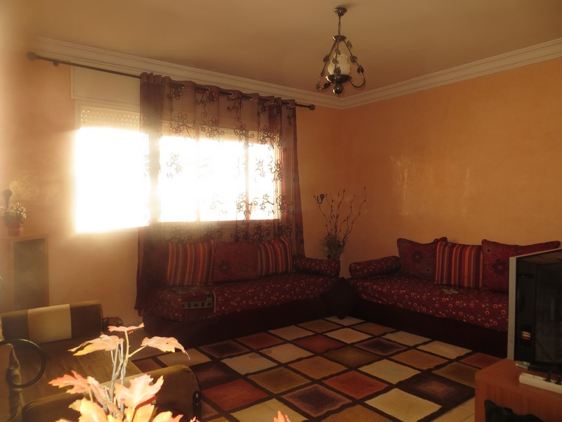 niveaux 2. Black Bedroom Furniture Sets. Home Design Ideas