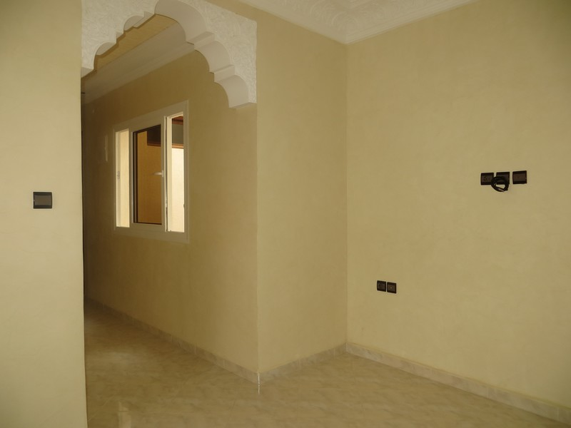 Appartement vide a louer - LV172