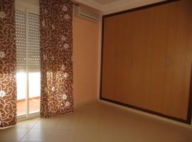 Appartement vide équipé - LV180