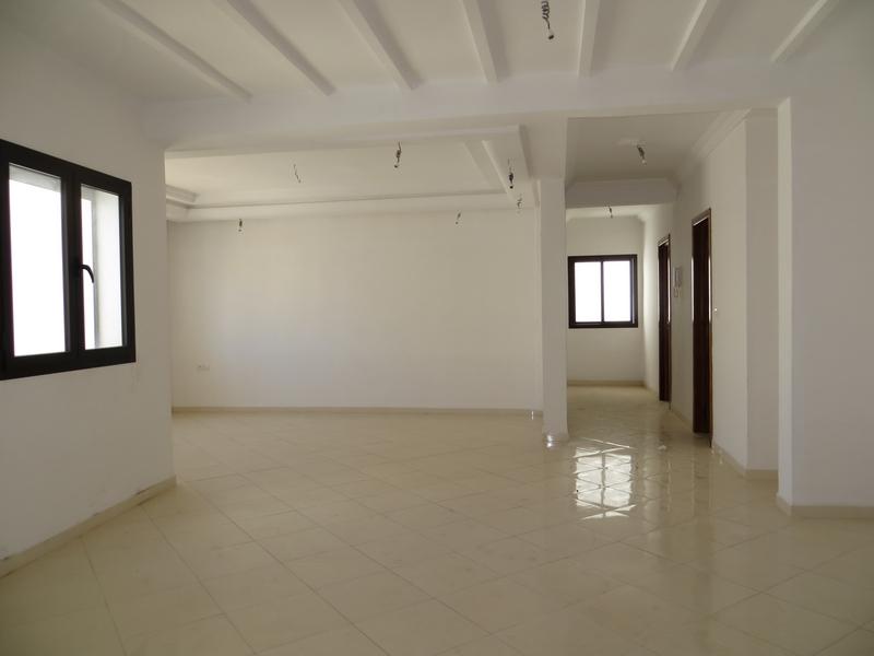 Appartement vide au centre - LV201