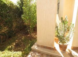 Villa meublée avec pisicne - LM246