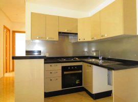 Appartement vide équipé - LV323